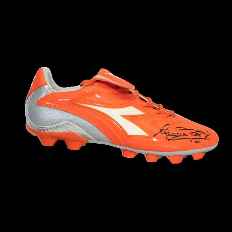Francesco Totti – Signed Orange Diadora Boot