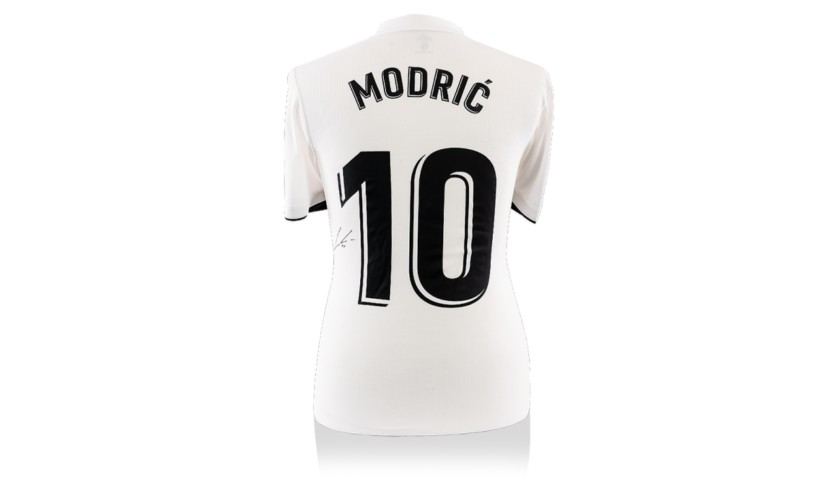 Modric's Real Madrid Worn and Signed Shirt, 2018/19