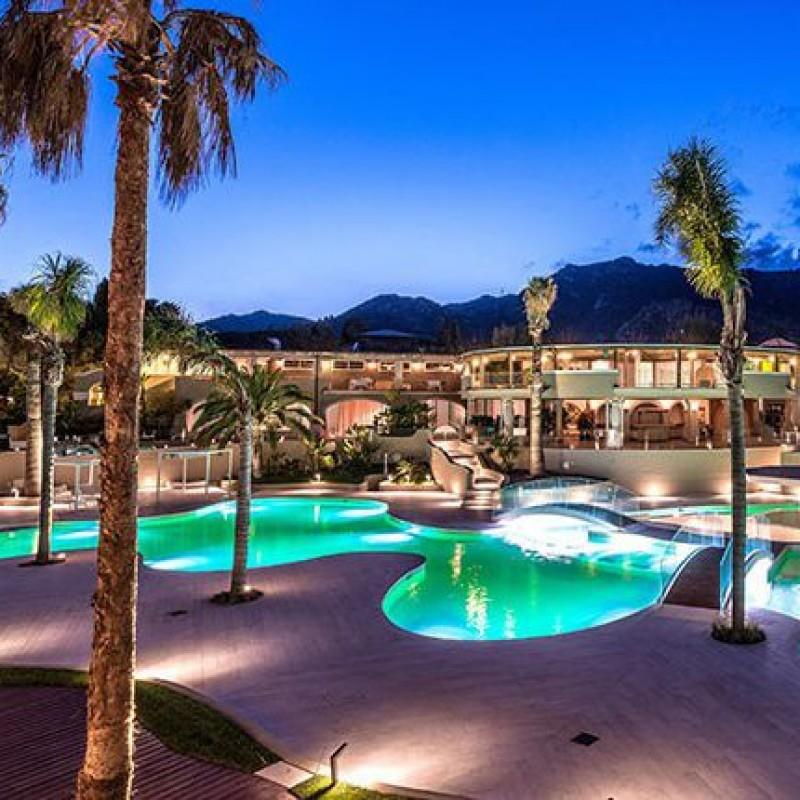 Tre notti per 2 persone presso Forte Village Resort in Sardegna