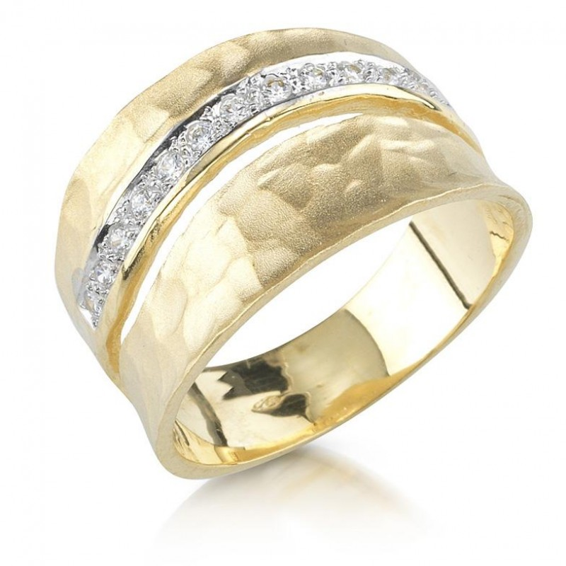 14 Karat Yellow Gold Matte and Hammered-Finish Ring