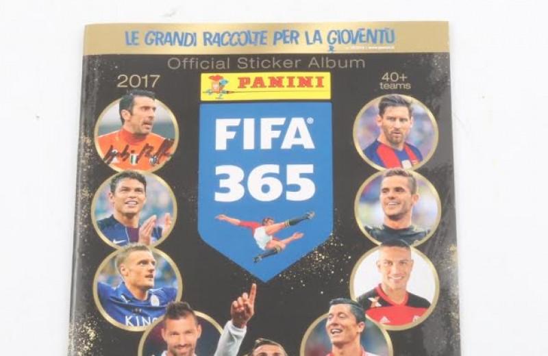 Panini signed FIFA365 Album