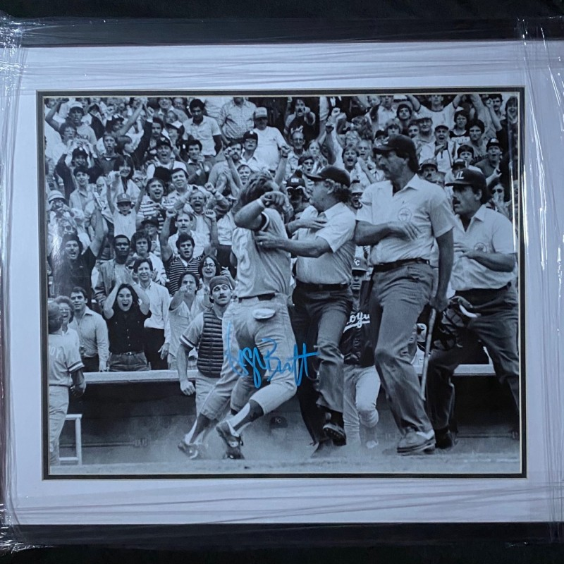 George Brett Signed Pine Tar Incident Photo