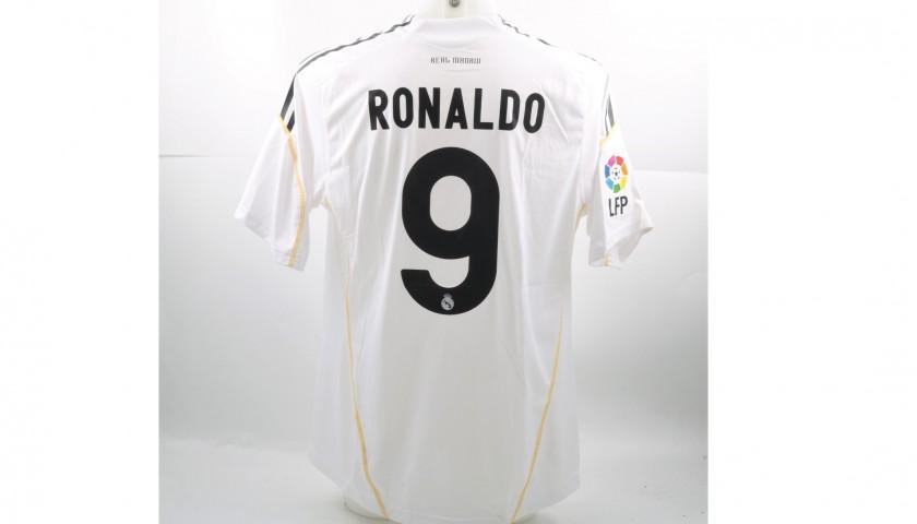 6b5ed360ead33 Ronaldo s Match-Issued Worn Real Madrid Shirt