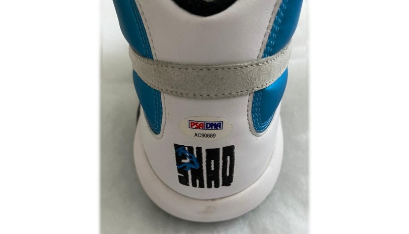 """Shaquille O'Neal Signed Reebok """"The Pump"""" Shoe"""