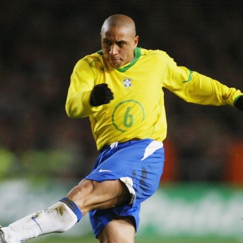 Roberto Carlos' Official Brazil Signed Shirt, 2004