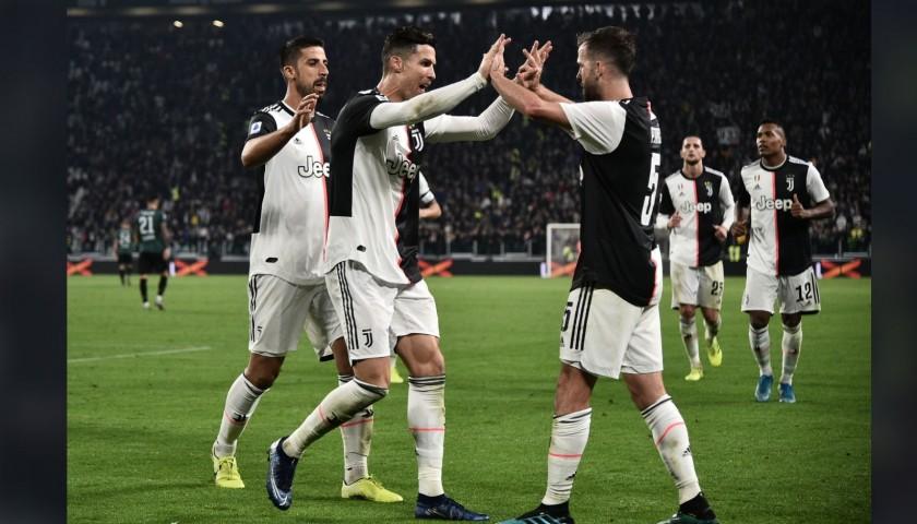 Enjoy Juventus-Genoa from Row 3 with Hospitality