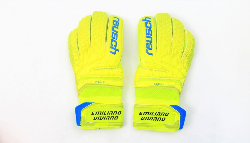Emiliano Viviano's Match-Issue Signed Reusch Goalkeeper's Gloves