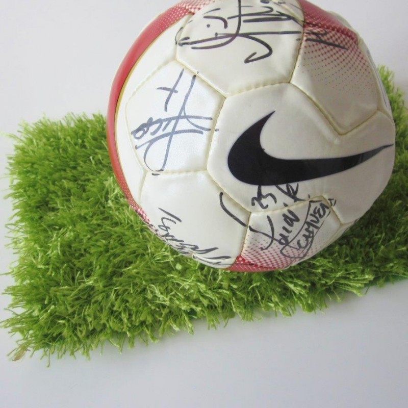 Nike Football signed by the F.C Inter players who won the Treble, 2009/2010 season