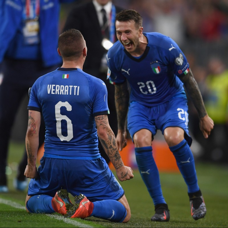 Bernardeschi's Authentic Italy Signed Shirt