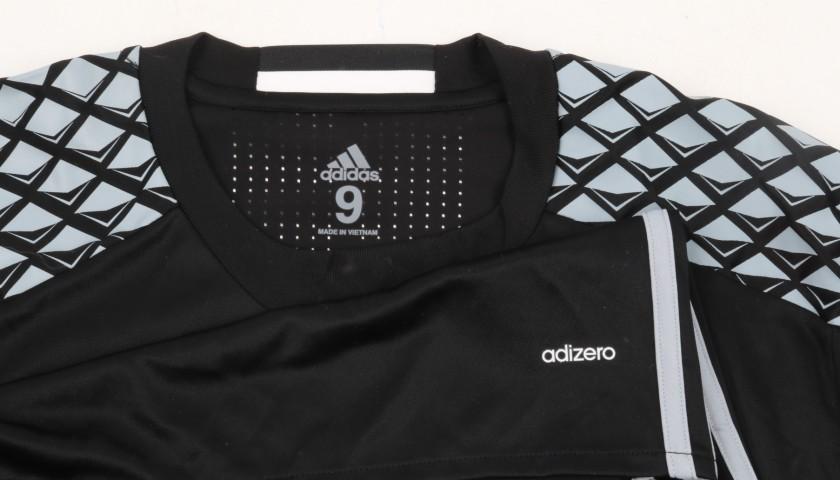 brand new cc0ac 27ef1 Buffon's Juventus Warm-up Shirt, Worn 2016/17 - CharityStars