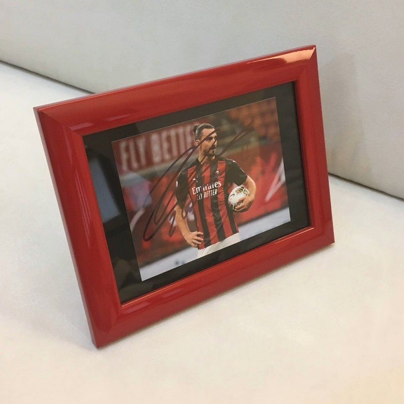 Zlatan Ibrahimovic Signed Photograph