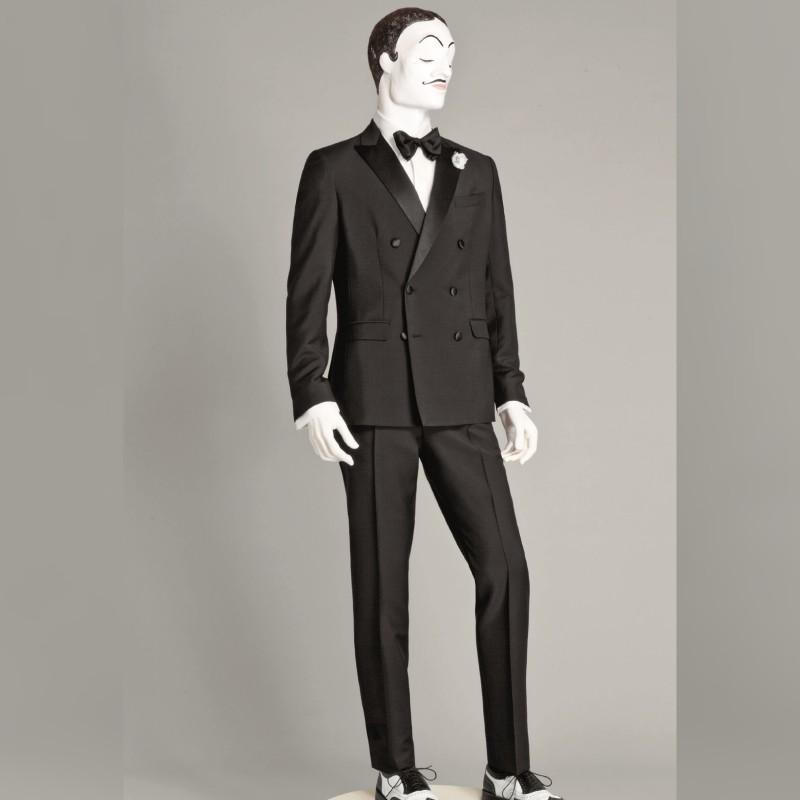 Abito su misura Tuxedo realizzato dalla Sartoria Caruso