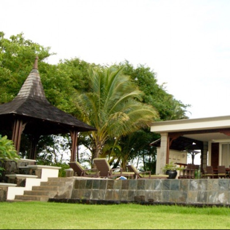 2 Week Stay in a Villa at Valriche Mauritius for 6 Adults & 5 Children