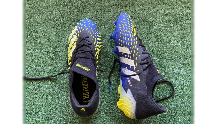 Adidas Predator Boots Issued to Luis Alberto