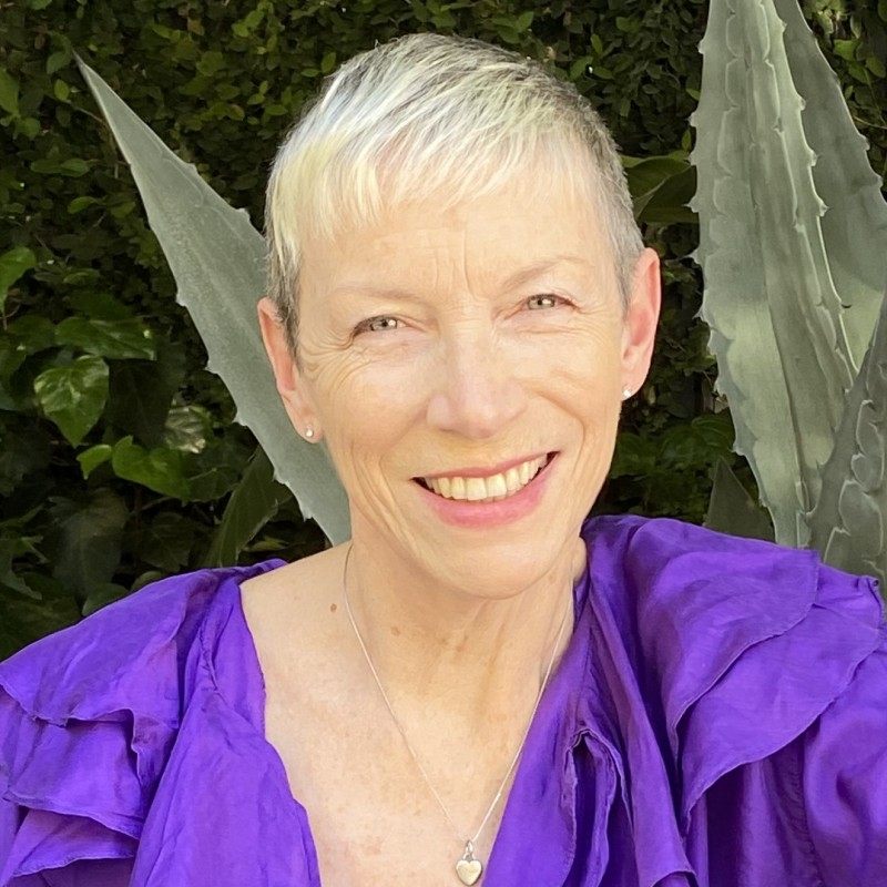 Personalized Video Performance by Annie Lennox