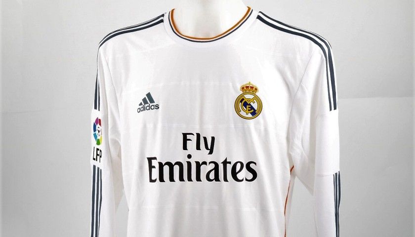 finest selection f7f72 5cab3 Ronaldo Match-Issued/Worn Shirt, Liga 2013/14 - CharityStars