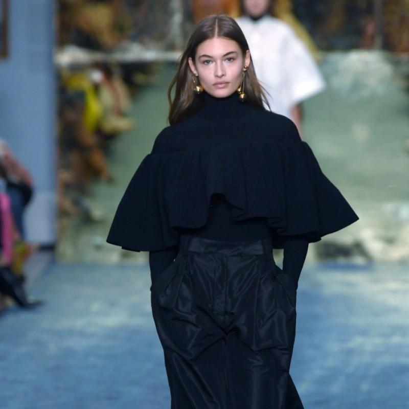 Attend New York Fashion Week S/S 20: Carolina Herrera