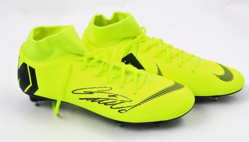Guantity limitata design unico bellezza Cristiano Ronaldo's Nike Mercurial Signed Boots - CharityStars