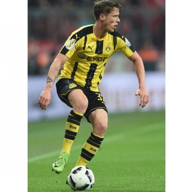 Official Borussia Dortmund 2016/17 Shirt, Signed by Erik Durm