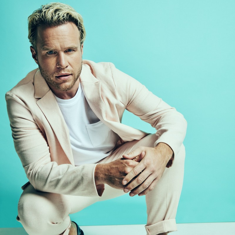 Win a Personalised Christmas Message from Olly Murs