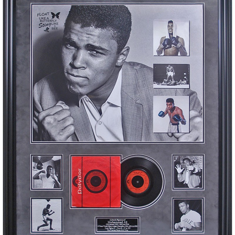 Muhammad Ali Hand Signed Presentation