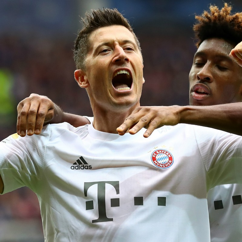 Lewandowki's Official Bayern Munich Signed Shirt, 2019/20