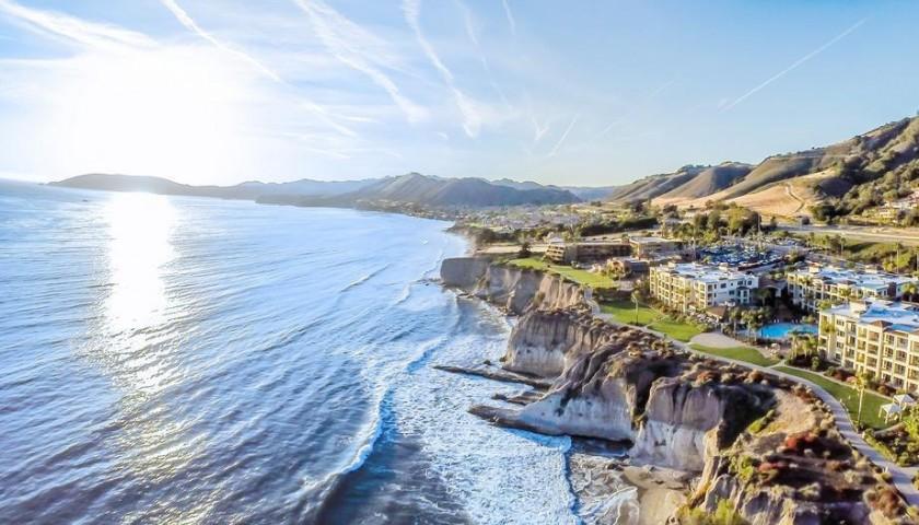 Dolphin Bay Resort & Spa 3-Night Stay