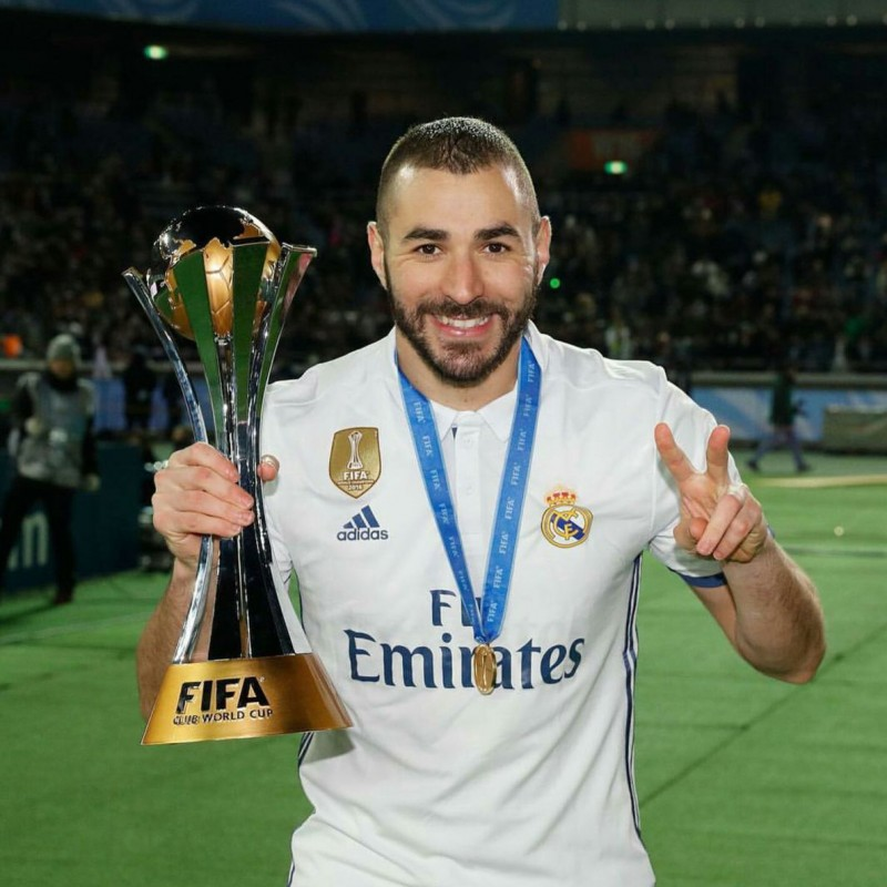 Benzema's Real Madrid Match-Issue Shirt, Club World Cup Final 2016