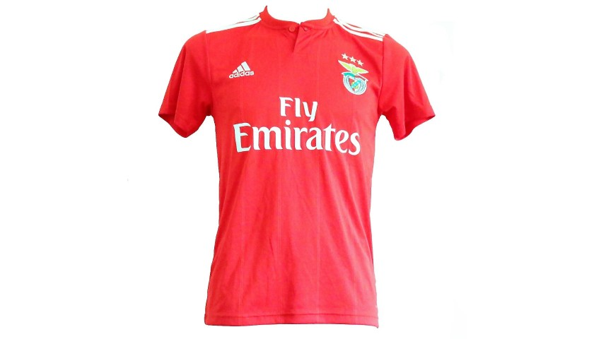promo code 71108 0f5b1 Cervi's Worn Shirt, Benfica-Juventus 2018 - CharityStars