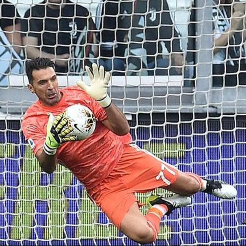 Match-Ball Juventus-Verona 2019/20 - Signed by Buffon