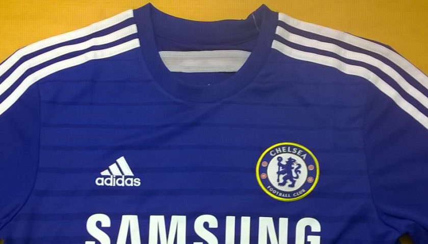 hot sale online 542cf 1966e Chelsea Shirt Signed by Oscar - CharityStars