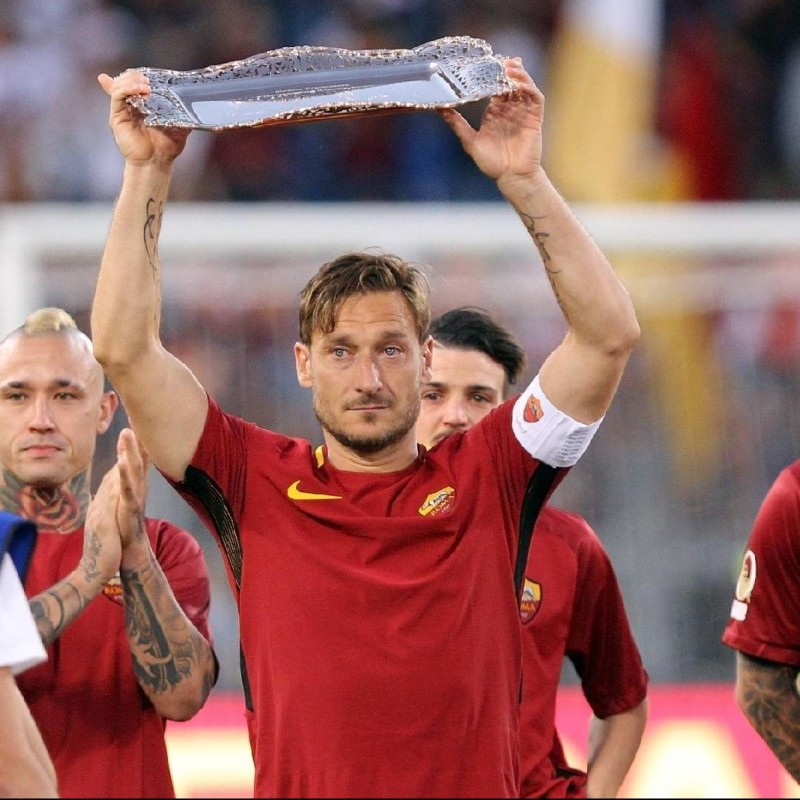 Francesco Totti Collector's Box with Captain's Armband and Farewell Letter