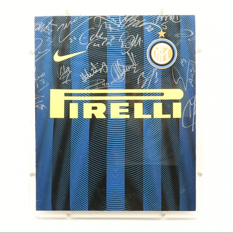 Authentic 2016/17 Inter Shirt, Signed by the Team