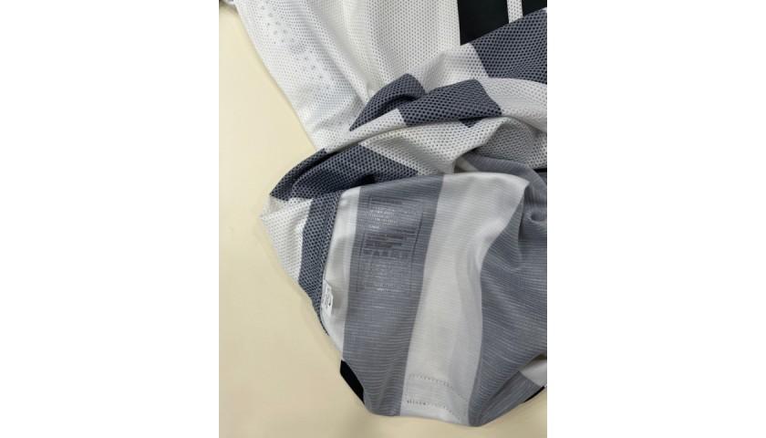 Tevez's Worn Shirt, Juventus-Sassuolo 2015