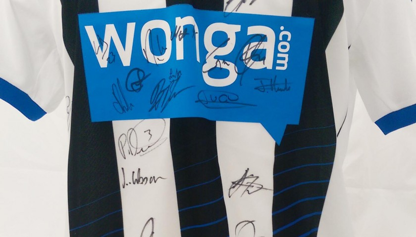 Newcastle United 2015/16 Shirt Signed by the Squad