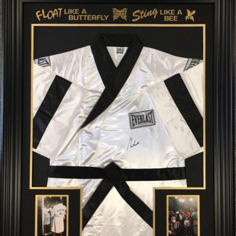 Everlast Boxing Robe Signed by Muhammad Ali