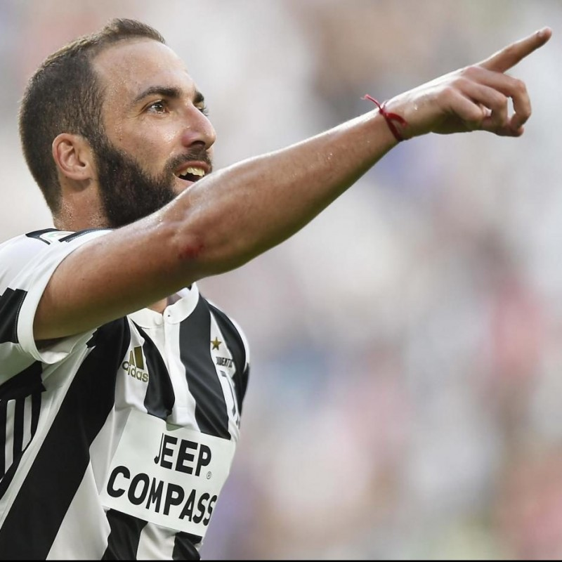 Attend Juventus-Inter match from Front Row Seats with Hotel Room Included