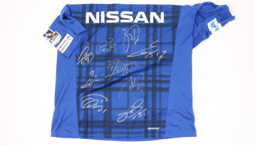 Official Yokohama F. Marinos Shirt Signed by the Team