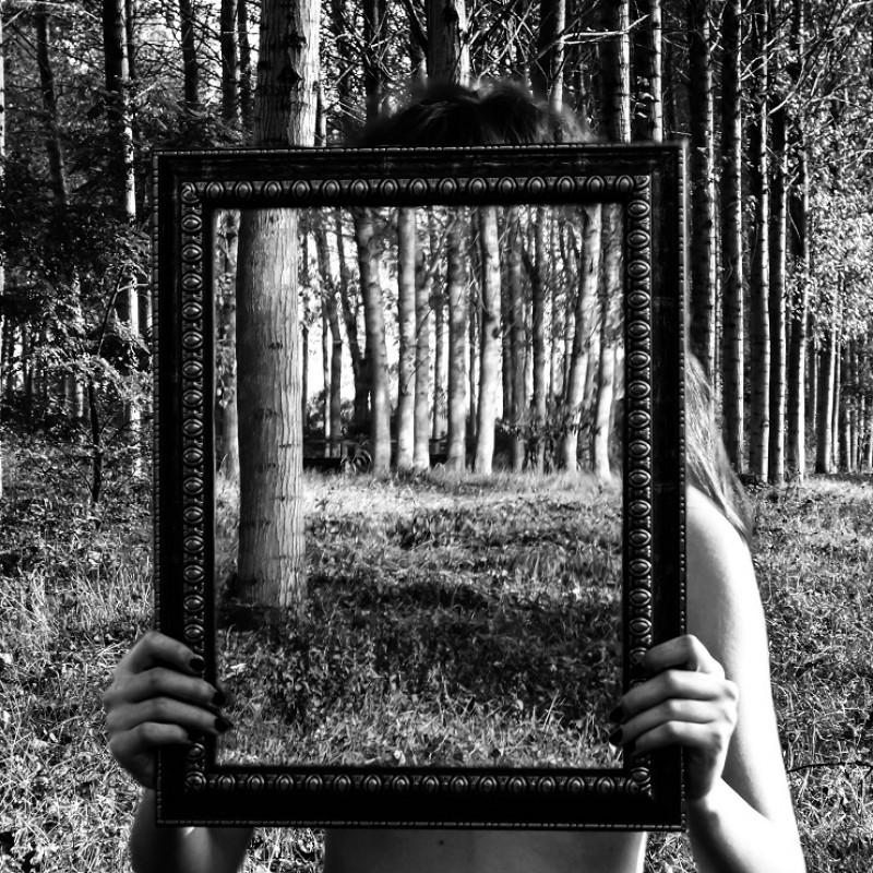"""""""Mirror 8"""" - digital photography by Ambra Livraga - 40x40 cm"""