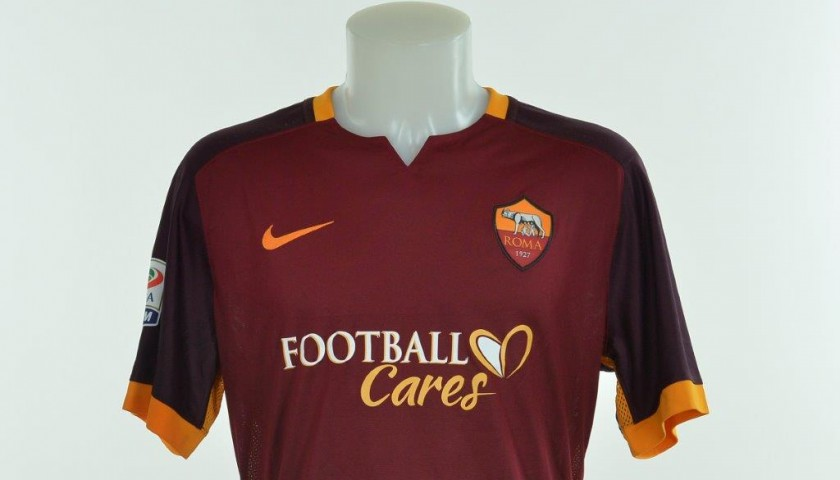 Authenticated De Rossi shirt worn during Frosinone 0-2 Roma