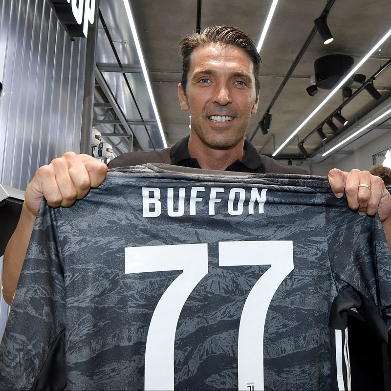 Buffon's Official Juventus Signed Shirt, 2019/20