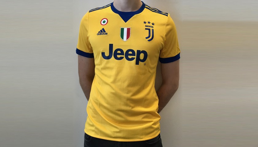 0da6729f0 Official 2017 18 Juventus Shirt Signed by Marchisio - CharityStars