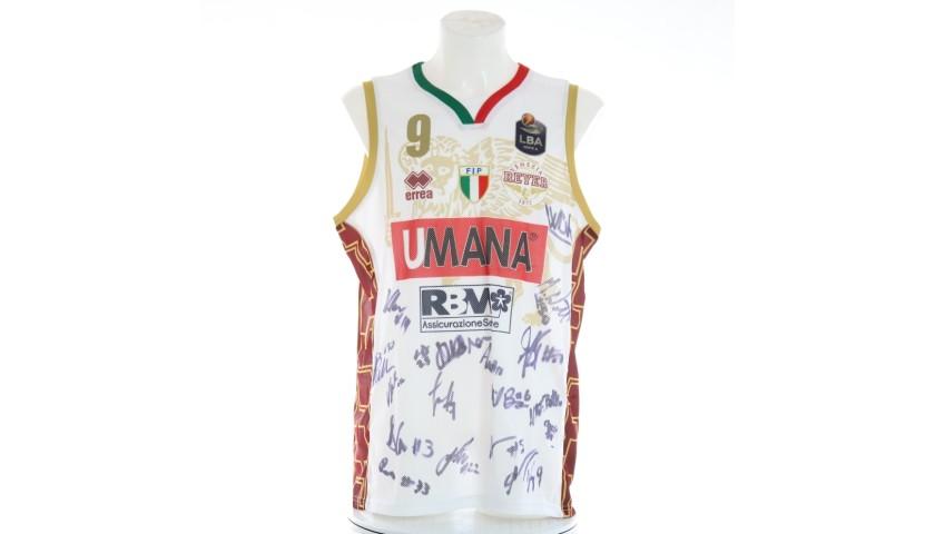 Daye's Umana Reyer Match Jersey, 2019/20 - Signed by the Players
