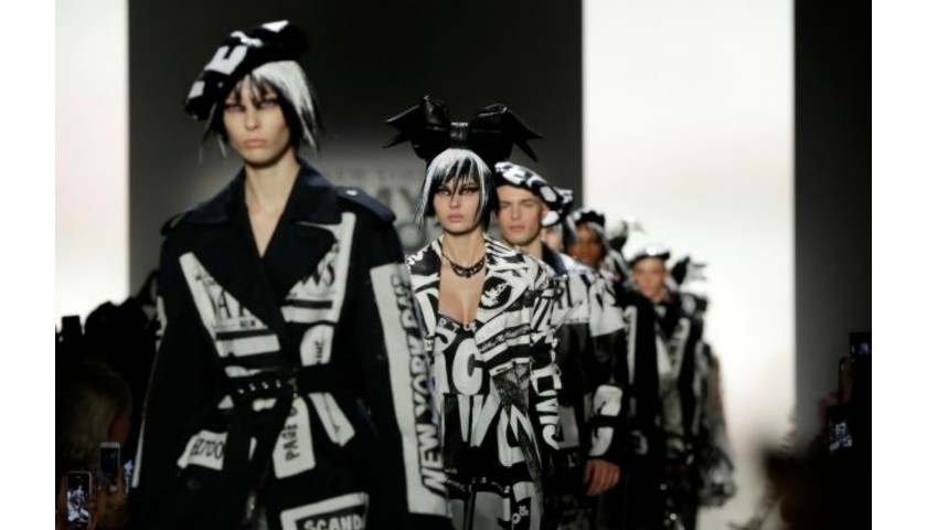 Attend New York Fashion Week S/S 20: Jeremy Scott