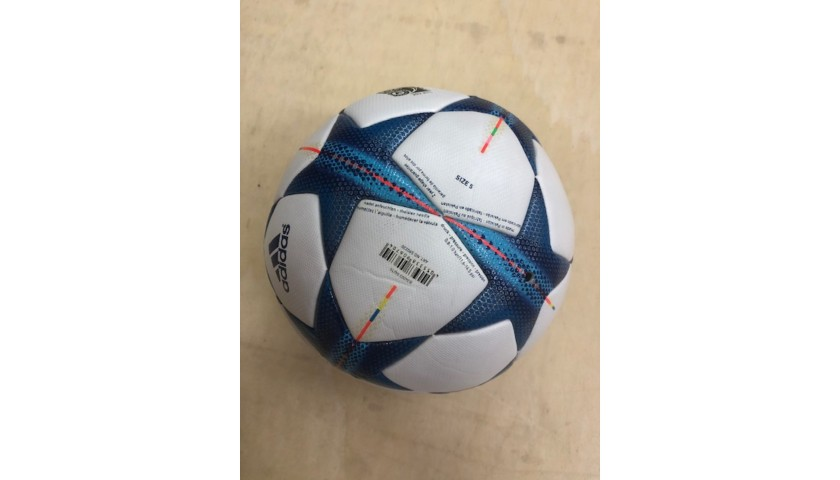 Matchball UCL 2015/16 - Signed by Ronaldo