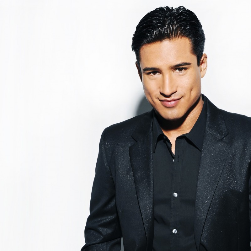 Meet Mario Lopez on the Set of Extra TV