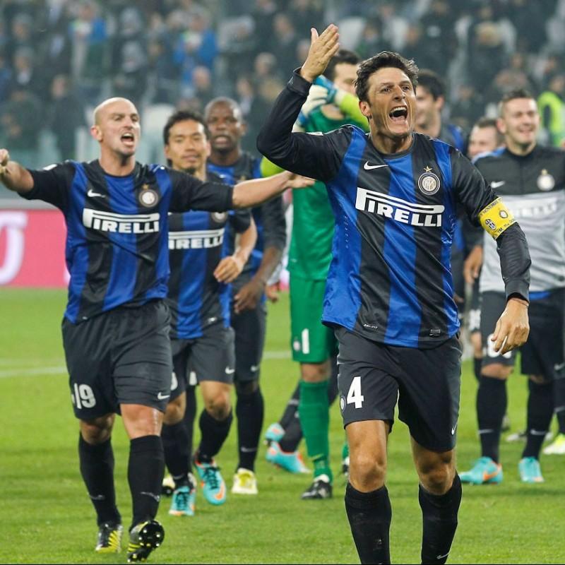 Zanetti's Signed Inter Practice Shirt, 2011/12
