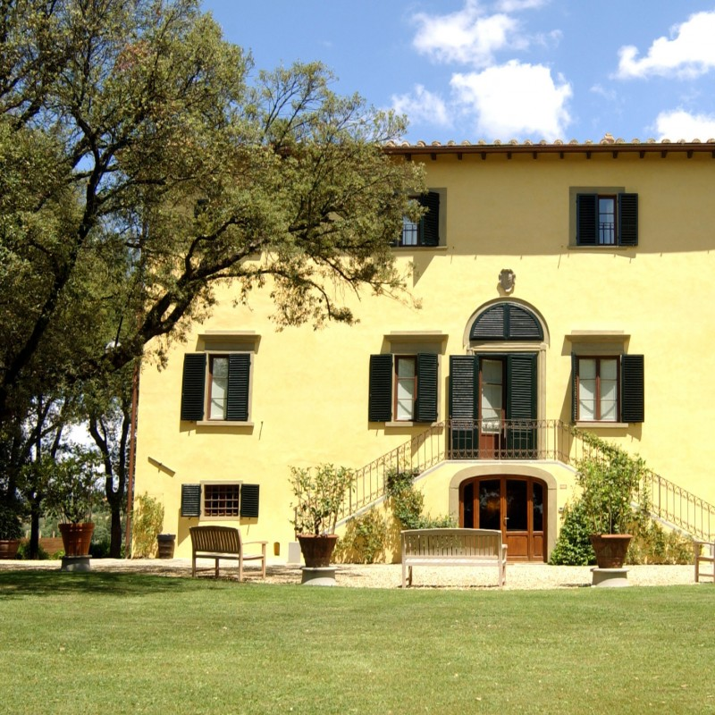 Enjoy lunch, wine and a tour at the Antinori Chianti Classico Winery