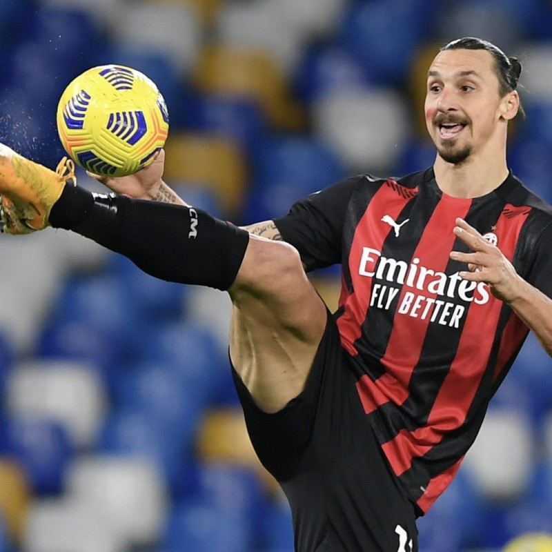 Match-Ball Napoli-Milan 2020 - Signed by Ibrahimovic