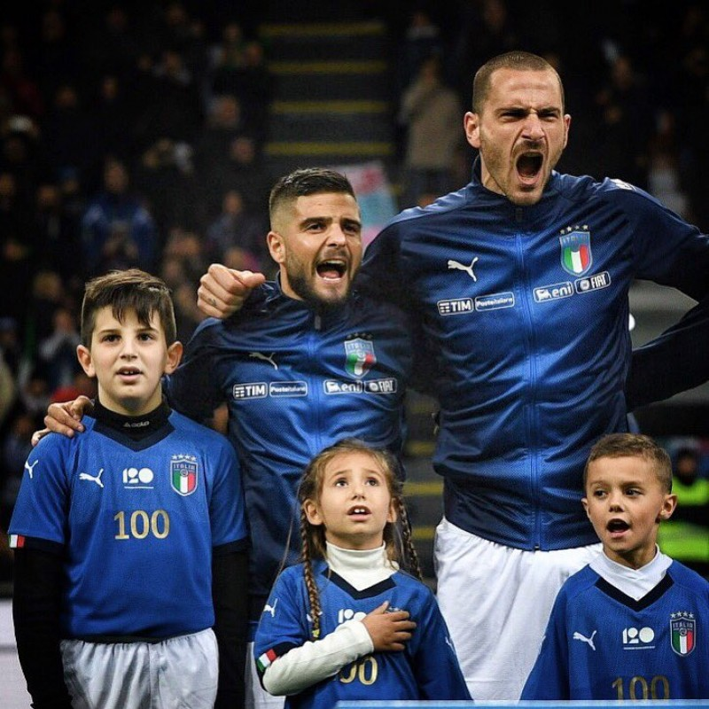 Bonucci's Italy Match-Issue Shirt and Sweatshirt, 2018 Season